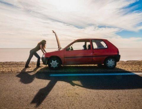 ¿Por qué mi coche se calienta muy rápido?
